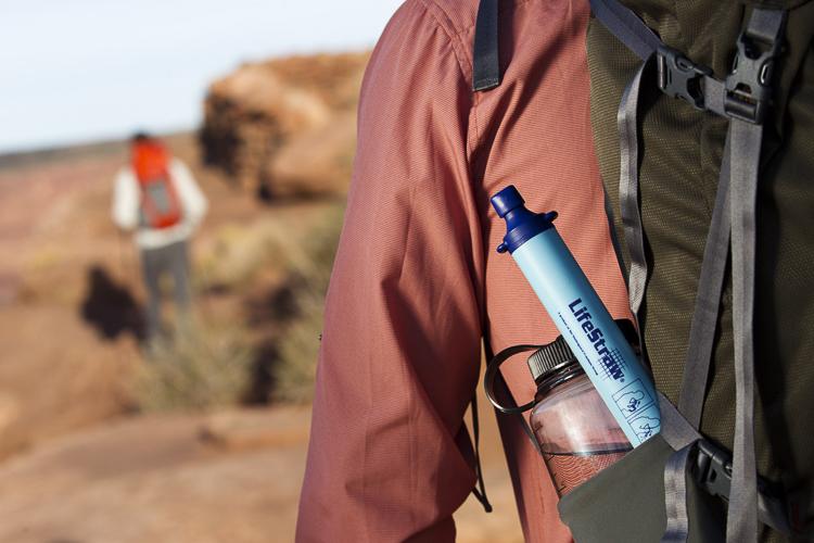 Geschenk für Outdoor Fans: Wasserfilter Strohhalm für unterwegs