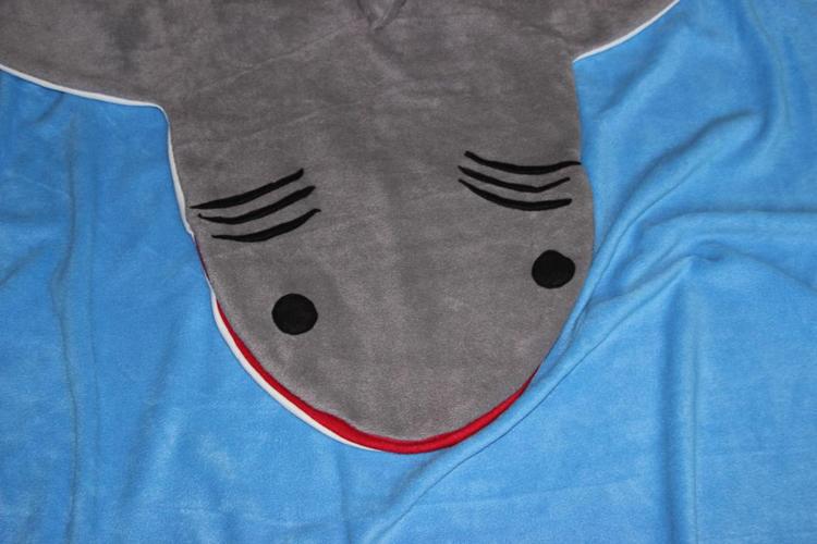 Originelles Geschenk für Kinder: Schlafsack Hai