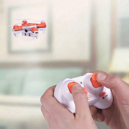 Geschenk für Kinder - groß oder klein: Ferngesteuerte Drohne mit Kamera